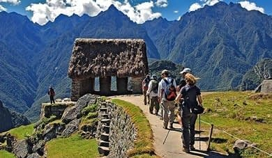 CLASSICAL INCA TRAIL TO MACHU PICCHU